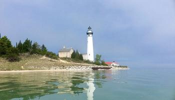 south-manitou-island-lighthouse-02